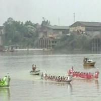 Lễ hội bơi chải trên sông Lô