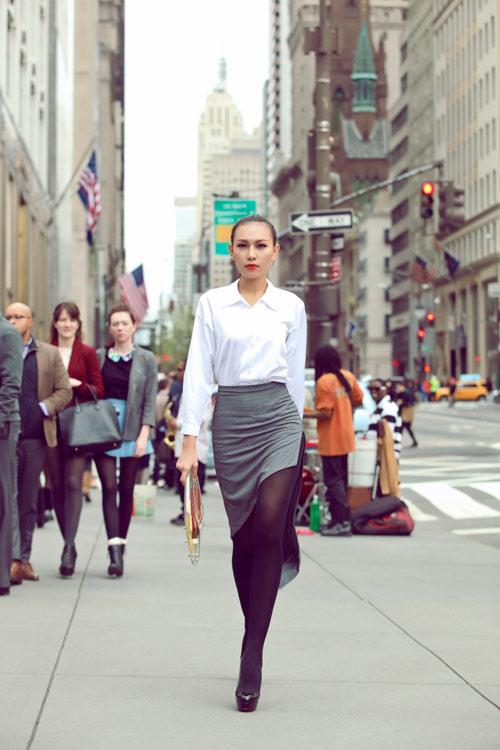 Diệu Huyền xinh đẹp trên phố New York - 2