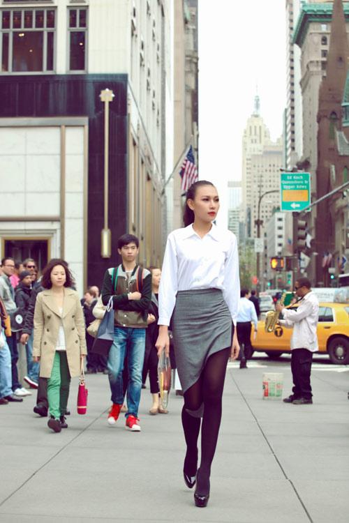 Diệu Huyền xinh đẹp trên phố New York - 3