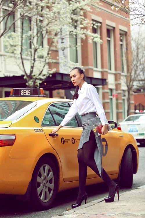 Diệu Huyền xinh đẹp trên phố New York - 7