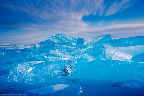 'Khe nứt trái đất' biến thành hồ nước tuyệt đẹp - 12