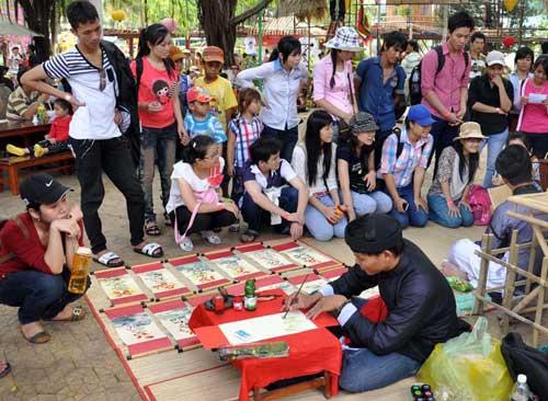 TPHCM: Tưng bừng lễ Giỗ Tổ Hùng Vương - 10