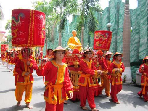 TPHCM: Tưng bừng lễ Giỗ Tổ Hùng Vương - 3