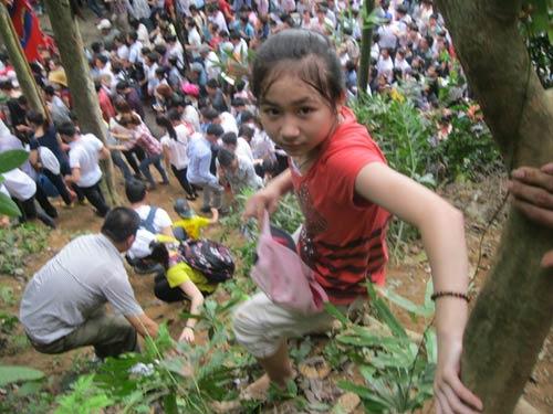 Xé rào, leo dốc dâng hương đền Hùng - 5