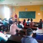 Giáo dục - du học - GV Sử bất đắc dĩ dạy thêm cả... Hóa!
