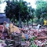 Tin tức trong ngày - Thanh Hóa: Mưa đá, lốc xoáy làm sập 13 nhà