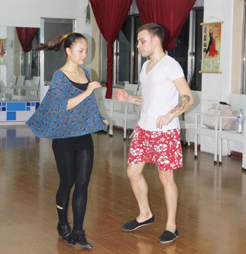 Hương Tràm tái xuất sân khấu Bước nhảy - 14