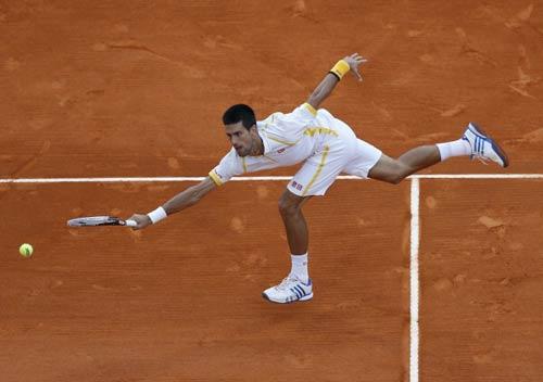 Djokovic phàn nàn về chấn thương - 1
