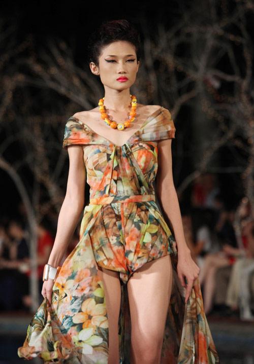 Đã mắt xem tuần lễ thời trang Thu Đông - 14