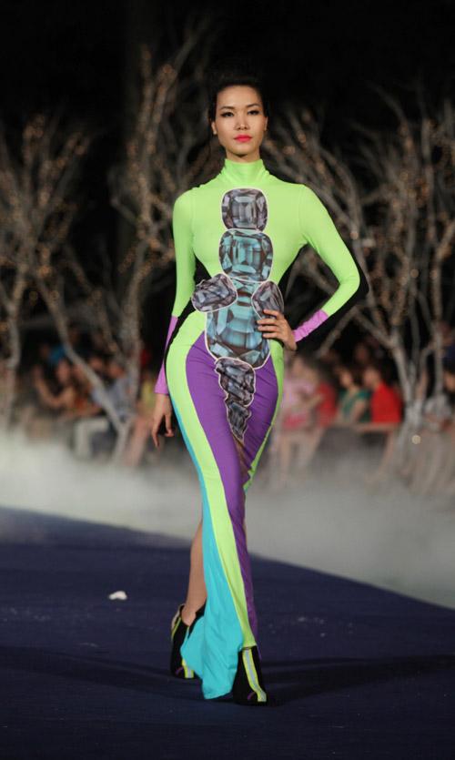 Đã mắt xem tuần lễ thời trang Thu Đông - 17
