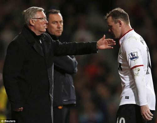 Rooney: Vô hại nếu ở lại MU? - 3