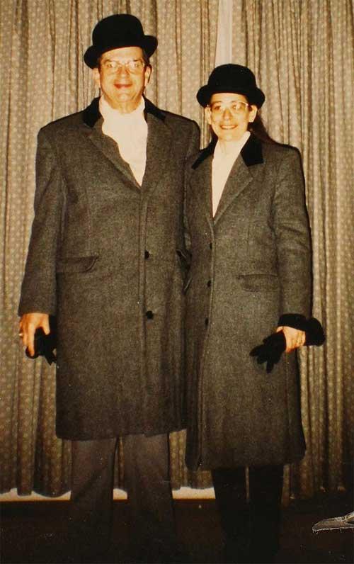 Vợ chồng 35 năm chỉ mặc áo cặp - 3