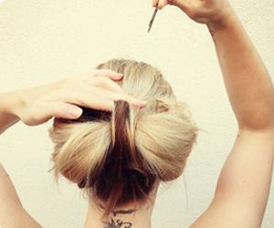Tóc búi nơ dễ thương cho bạn gái - 8