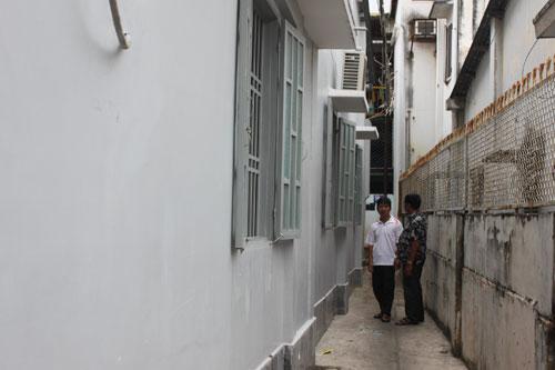Nổ lớn trước cửa nhà bà trưởng khu phố - 3