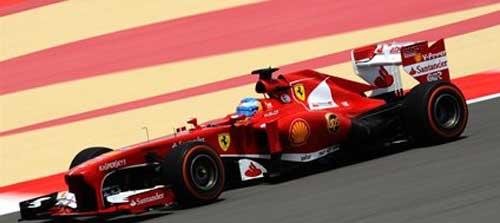 F1- Phân hạng Bahrain GP: Nico Roberg bất ngờ đoạt pole - 1