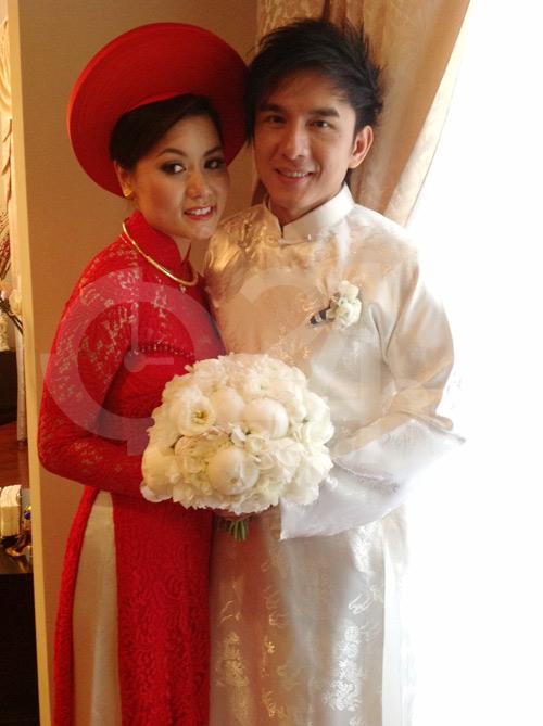 Đan Trường mặc áo dài hôn cô dâu Thủy Tiên - 3