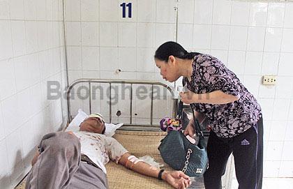 Vụ lật xe ở Lào: Lời kể của nạn nhân - 2
