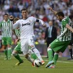 Bóng đá - Real - Betis: Ronaldo im lặng
