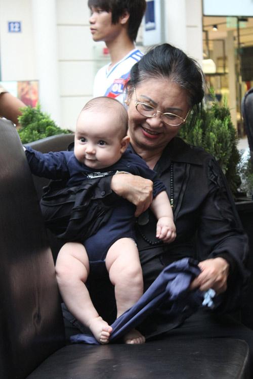 Thanh Lam khoe cháu trai lai Tây đáng yêu - 7