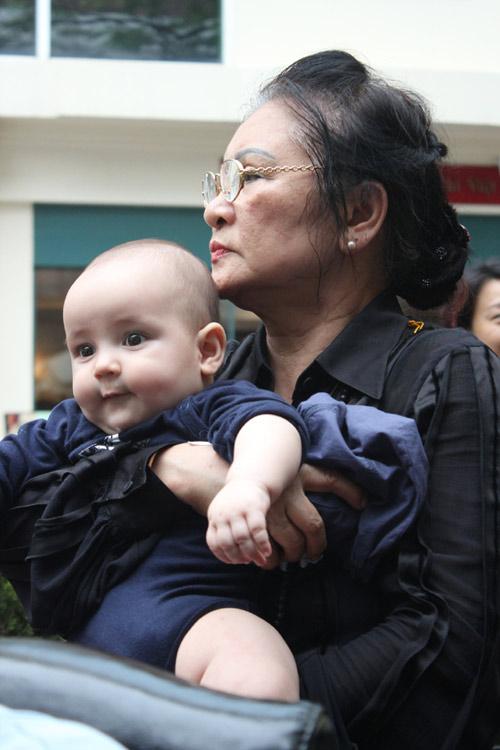 Thanh Lam khoe cháu trai lai Tây đáng yêu - 6