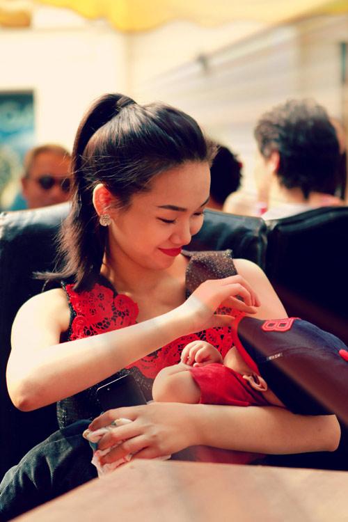 Thanh Lam khoe cháu trai lai Tây đáng yêu - 15