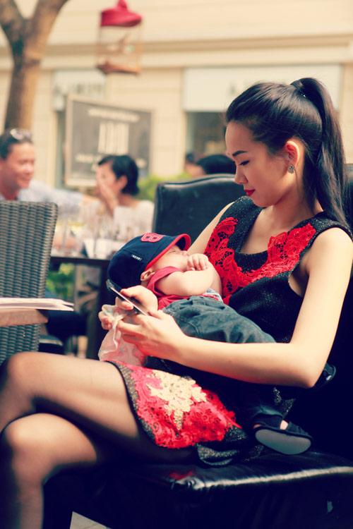 Thanh Lam khoe cháu trai lai Tây đáng yêu - 18