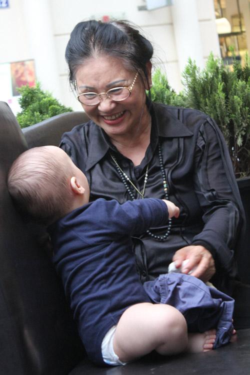 Thanh Lam khoe cháu trai lai Tây đáng yêu - 4