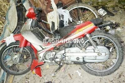 Nổ xe máy trong ngày cưới, một người chết - 1