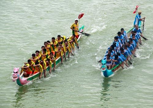 Sôi nổi giải đua thuyền truyền thống - 1