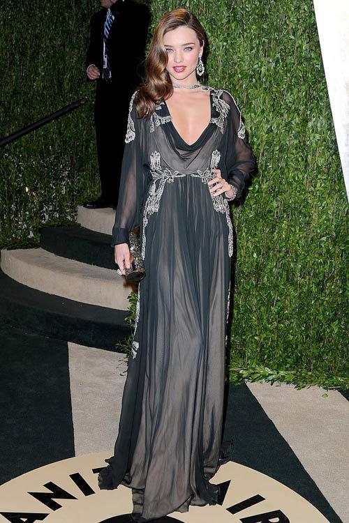 Say lòng ngắm váy tiệc của Miranda Kerr - 7