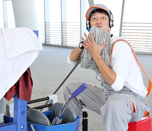 Huy Khánh vào vai lao công đào hoa - 1