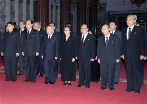 Bộ đôi quyền lực bí ẩn phía sau Kim Jong-un - 2
