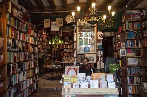 Đến Paris thăm hiệu sách cổ đẹp nhất thế giới - 4