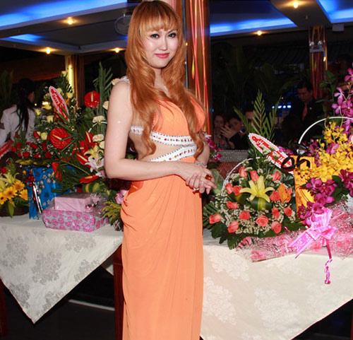 Phi Thanh Vân mời 150 khách mừng sinh nhật - 4