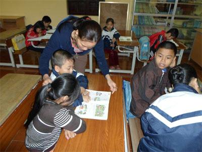 Lớp học đặc biệt ở chùa Hương Lan - 1
