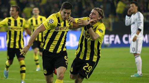 Dusseldorf - Dortmund: Duy trì hưng phấn - 1