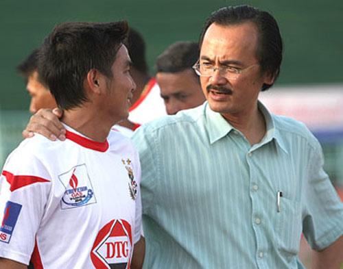 Bầu Thắng không sở hữu 2 CLB ở V-League - 1