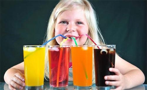 Nước ngọt tăng nguy cơ tiểu đường - 1