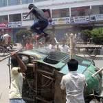 Tin tức trong ngày - Bangladesh: Biểu tình lớn vì 300 người chết