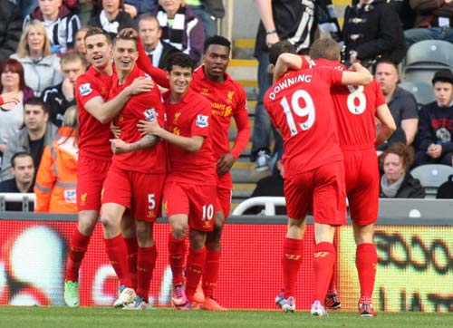 Newcastle – Liverpool: Chơi tennis - 1