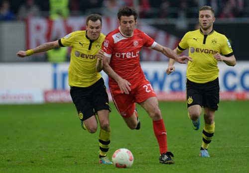 Dusseldorf–Dortmund: Bàn đạp tới Bernabeu - 1