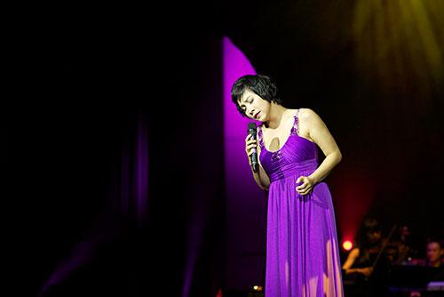 Quang Dũng phiêu trong liveshow Hà Nội - 11