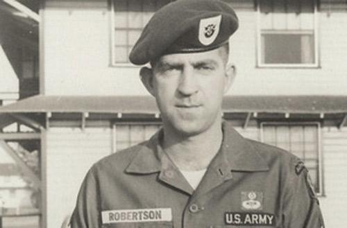"""""""Đặc nhiệm Mỹ sống 45 năm ở VN"""" là bịa đặt - 3"""