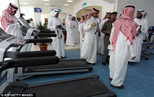 Những câu chuyện kỳ lạ ở Ả Rập Xê Út - 8
