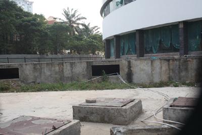 Bệnh viện 5 sao thành... nhà hoang ở HN - 6