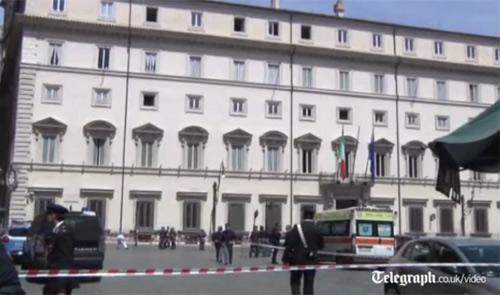 Xả súng bên ngoài văn phòng Thủ tướng Italia - 1