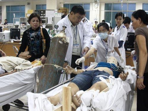Bắt giam bác sĩ gây tai nạn thảm khốc - 2