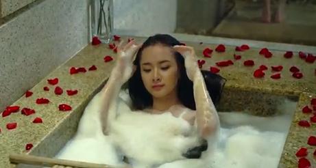 """Showbiz Việt 1 tuần """"thót tim"""" - 8"""