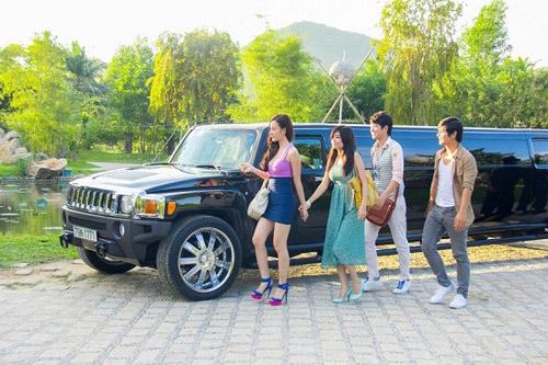"""Showbiz Việt 1 tuần """"thót tim"""" - 9"""