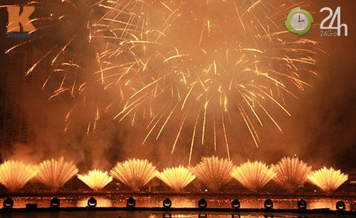 """""""Bữa tiệc"""" pháo hoa trên bến sông Hàn - 1"""